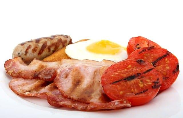 salchicha,huevo,beicon para cetosis