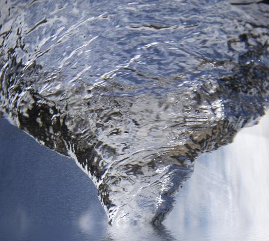 beneficios y propiedades del agua alcalina
