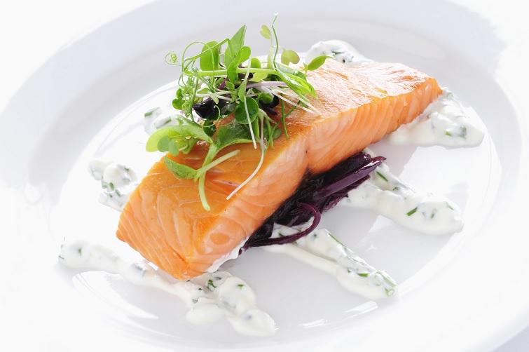 Comer grasas buenas omega 3 salmon