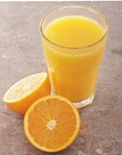 Zumo de naranja. Muy bajo en calorías