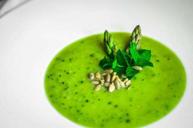 sopa de verduras para bajar de peso naturalmente
