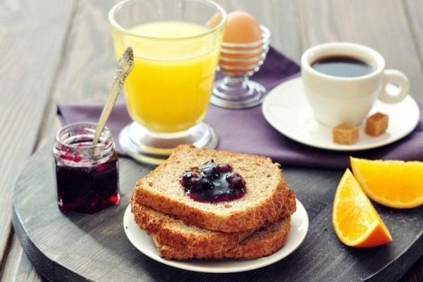 desayunar bien para bajar de peso sin hacer dieta